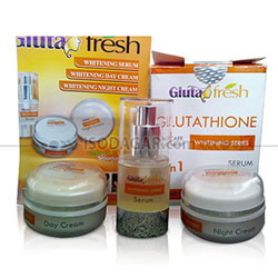 GLUTA FRESH WHITENING CREAM 3 IN 1 (BPOM)